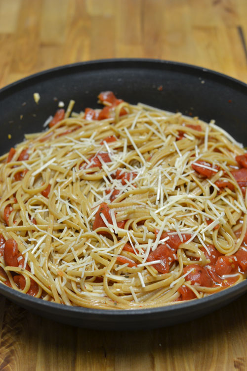 Spicy Tomato Pasta - Supper for a Steal